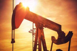 Czy na rKurs Ropy Naftowej Spada – Poradnik Jak Zarobićopie da się zarobić?